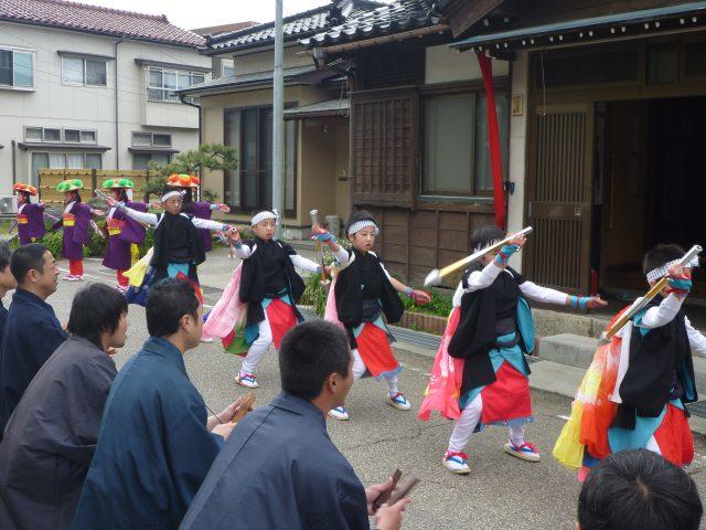 鹿嶋神社稚児舞