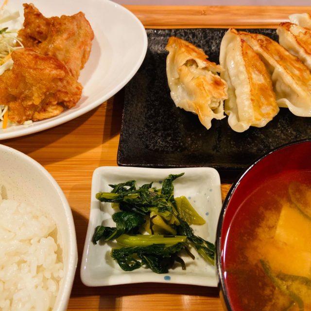 焼き餃子と唐揚げランチ